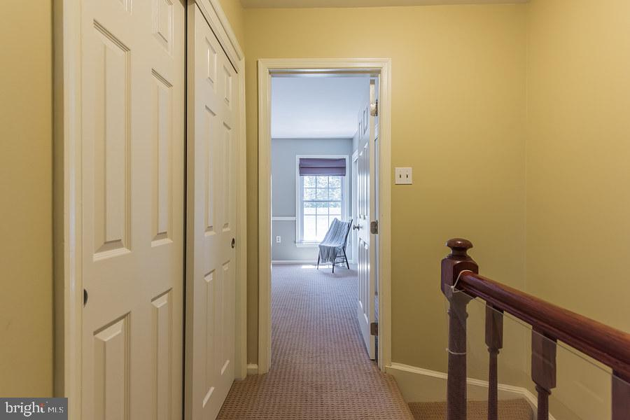 Upper level hallway - 2552-C S ARLINGTON MILL DR #2, ARLINGTON