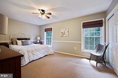 1st master bedroom - 2552-C S ARLINGTON MILL DR #2, ARLINGTON