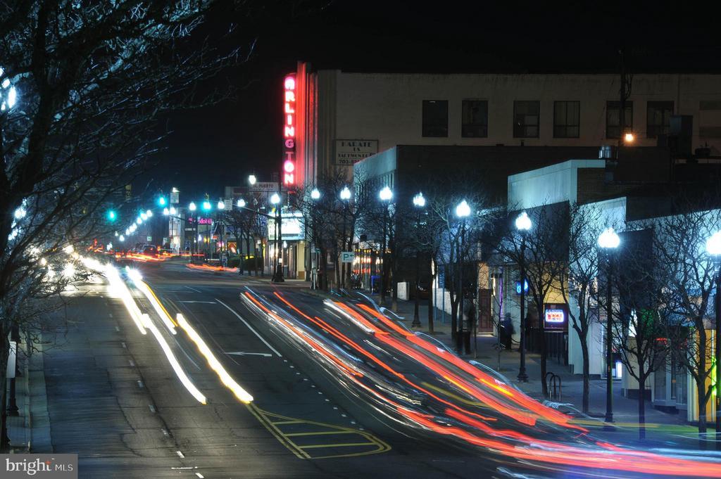 The Pike - at night - 2415 9TH ST S, ARLINGTON