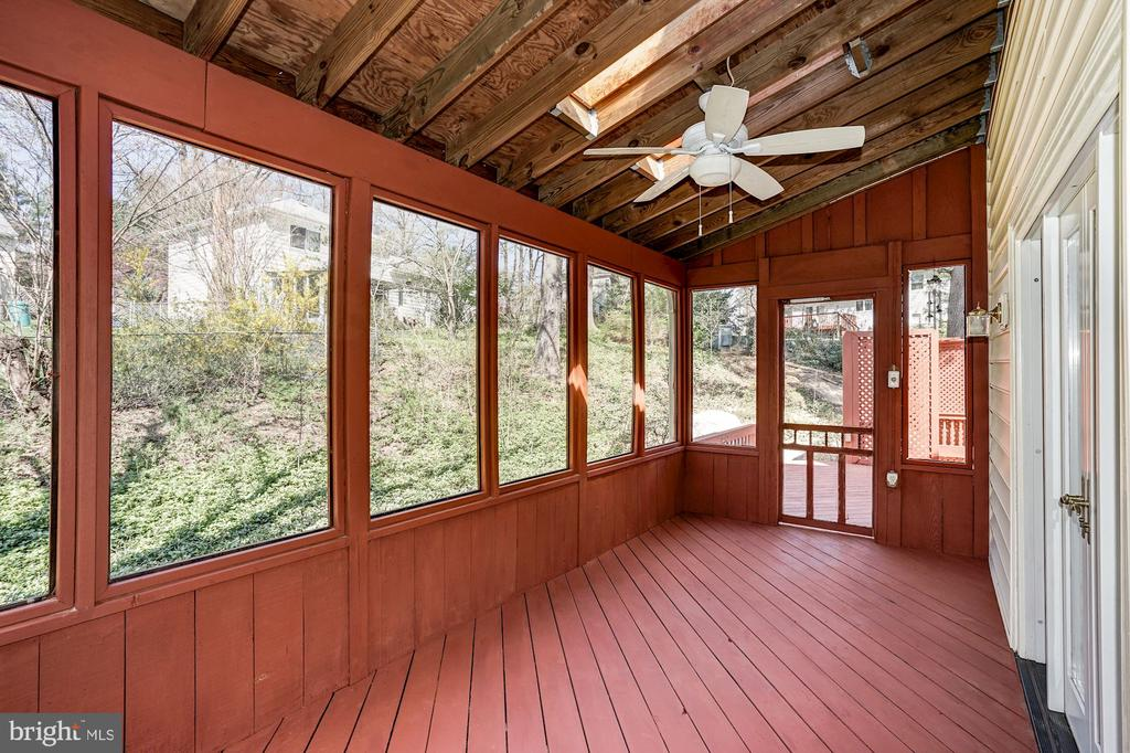 Beautiful views of backyard from your porch - 8515 ORDINARY WAY, ANNANDALE