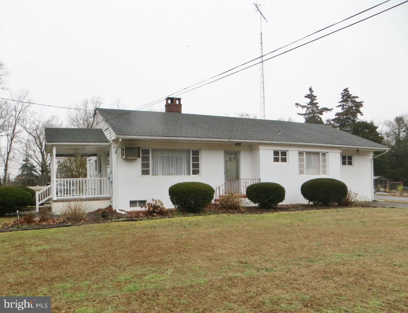 Частный односемейный дом для того Продажа на 250 BRIDGETON FAIRTON Road Bridgeton, Нью-Джерси 08302 Соединенные ШтатыВ/Около: Fairfield Twp