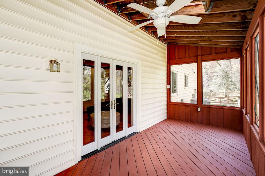 Porch has ceiling fan & 2 skylights - 8515 ORDINARY WAY, ANNANDALE