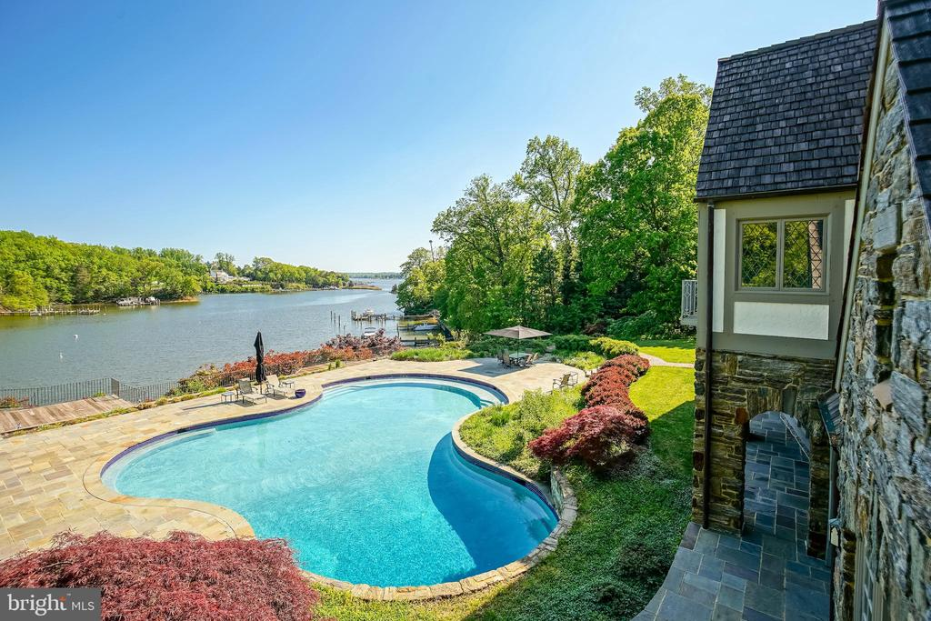 15 foot pool depth - 869 CHILDS POINT RD, ANNAPOLIS