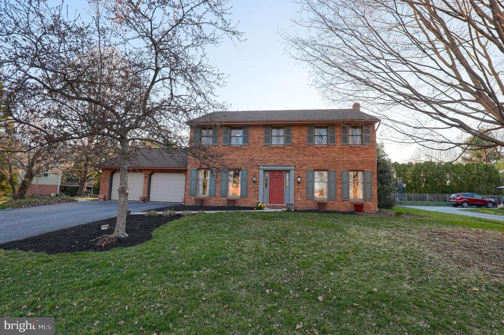805  SCOTT LANE, Manheim Township, Pennsylvania