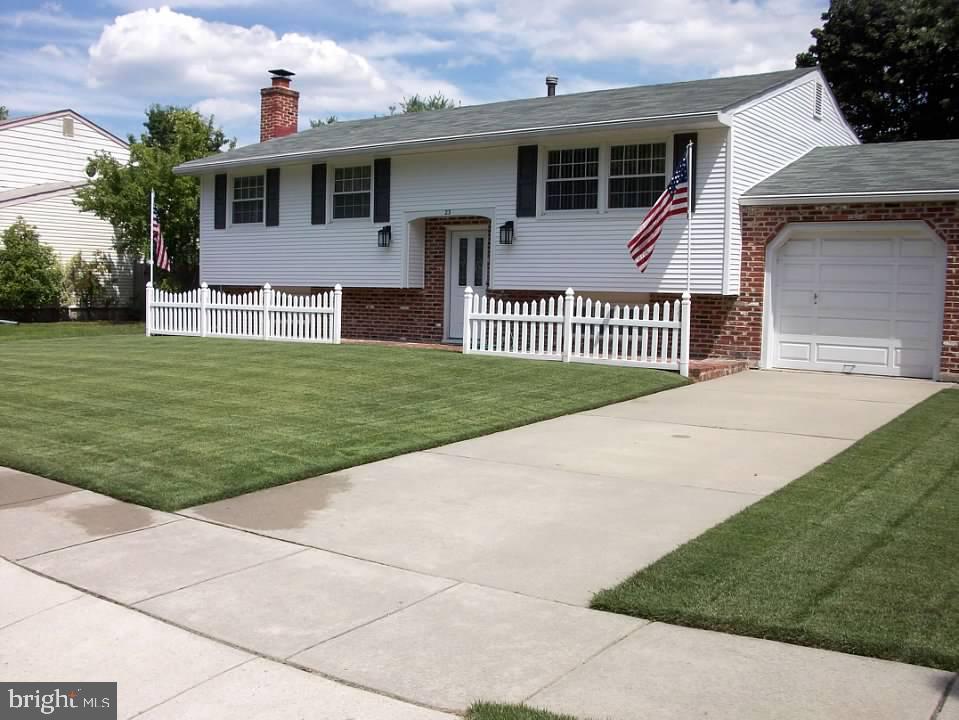 Villa per Vendita alle ore 23 ADAMS Drive Clementon, New Jersey 08021 Stati Uniti