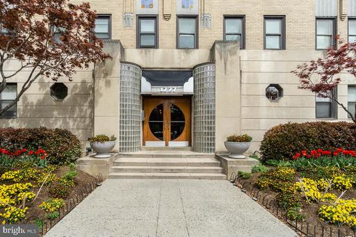 1727 R ST NW #103