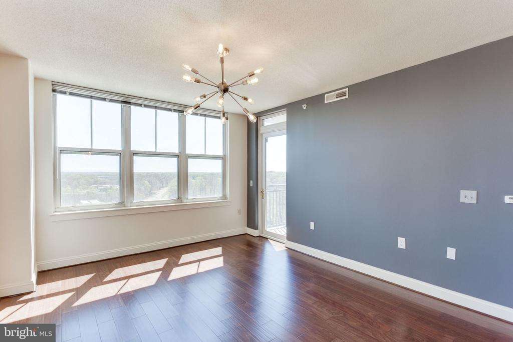 Livingroom, new modern light fixture, great views - 11760 SUNRISE VALLEY DR #813, RESTON