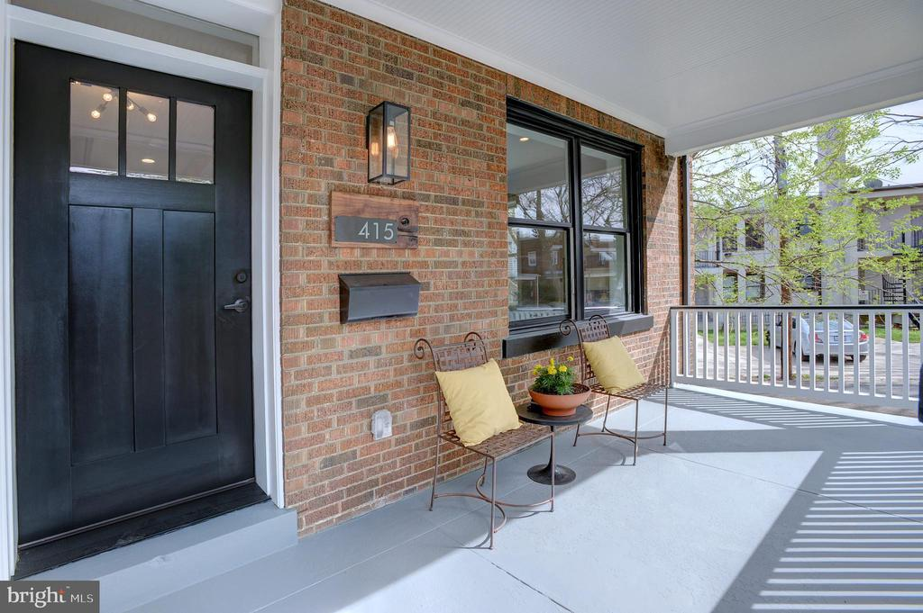 Front porch is ideal spot to have your morning cup - 415 23RD PL NE, WASHINGTON