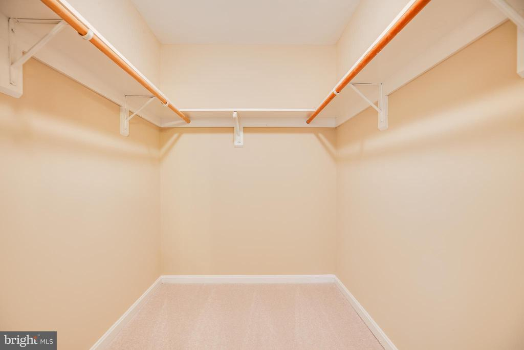Walk-in closet in master bedroom. - 2015 MERRYMOUNT DR, FREDERICKSBURG