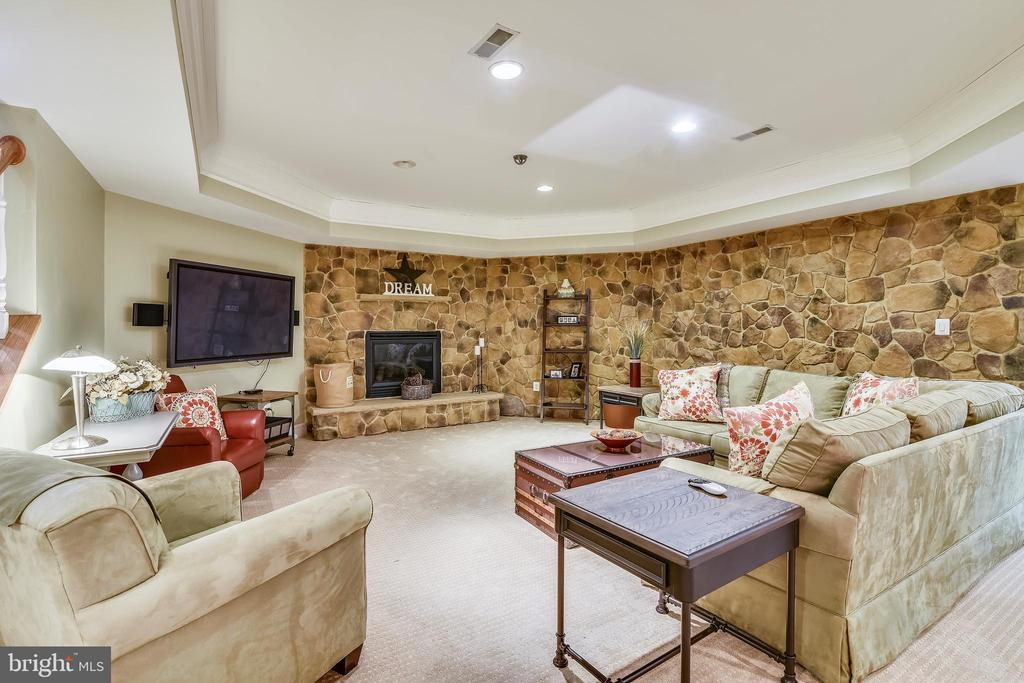 VIEW OF STONE SURROUND GAS FIREPLACE - 2017 WOODFORD RD, VIENNA