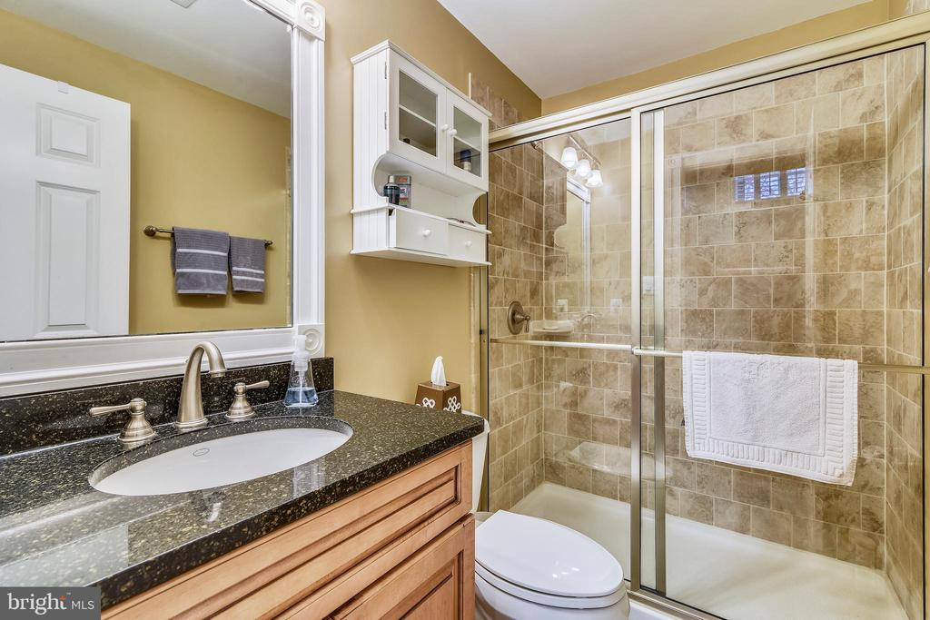 CUSTOM CABINET WITH GRANITE COUNTER TOP - 2017 WOODFORD RD, VIENNA