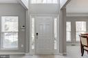 Two story, open foyer - 42848 CROWFOOT CT, ASHBURN