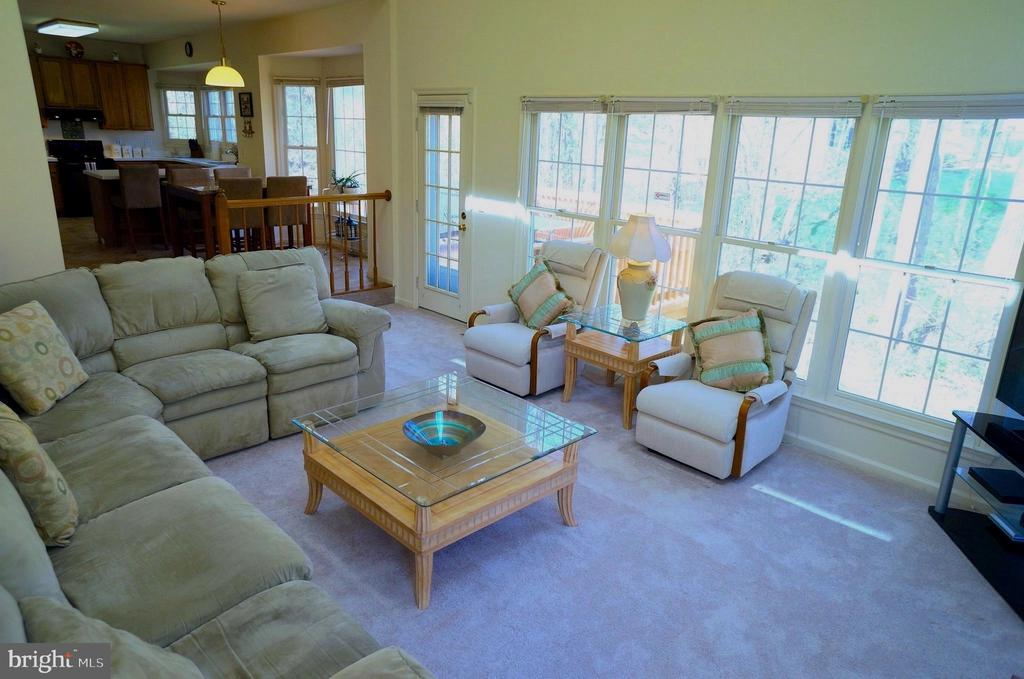 Family Room - 11 WESTBROOK LN, STAFFORD