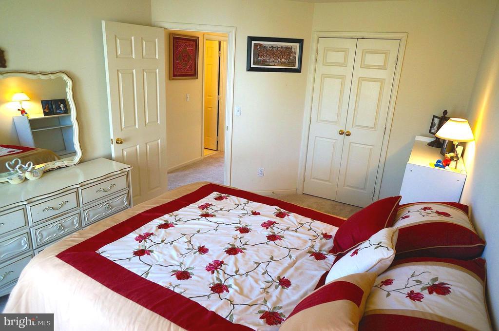 Bedroom #3 has 68