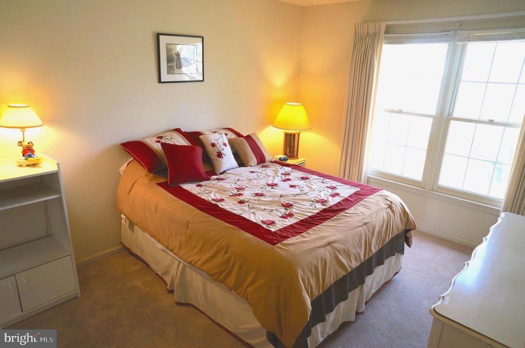 Bedroom #3 (13'x12') - 11 WESTBROOK LN, STAFFORD