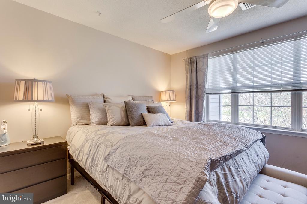 Bedroom (Master) - 20281 BEECHWOOD TER #302, ASHBURN