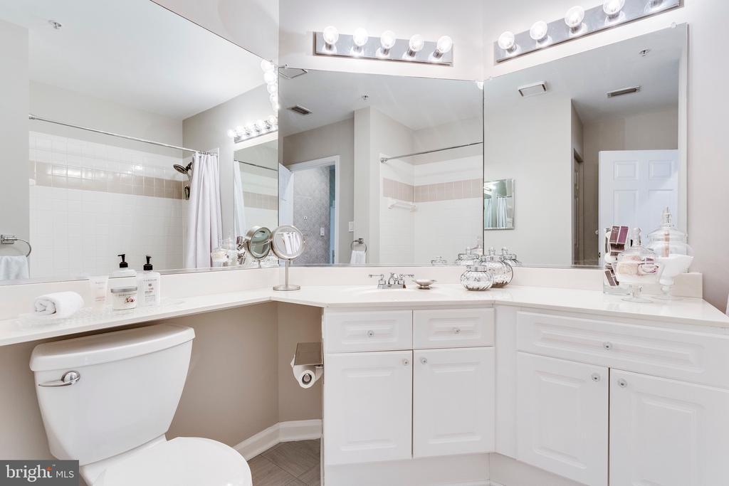 Bathroom - 20281 BEECHWOOD TER #302, ASHBURN
