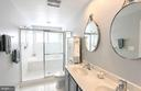 Owner's bathroom - 20413 BOWFONDS ST, ASHBURN