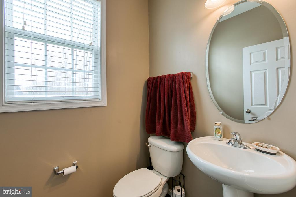 Main level 1/2 bath - 145 DONOVAN LN, STAFFORD