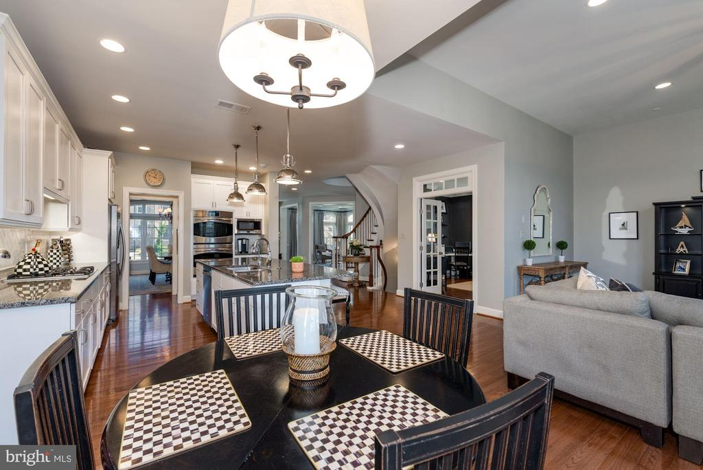 Breakfast room with updated lighting - 23013 OLYMPIA DR, ASHBURN
