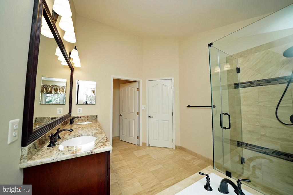 MASTER BATH 2 - 12224 DORRANCE CT, RESTON