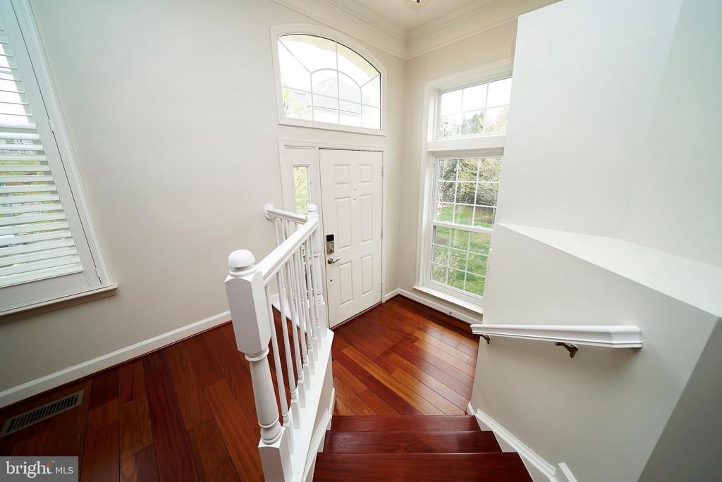 FOYER - 12224 DORRANCE CT, RESTON