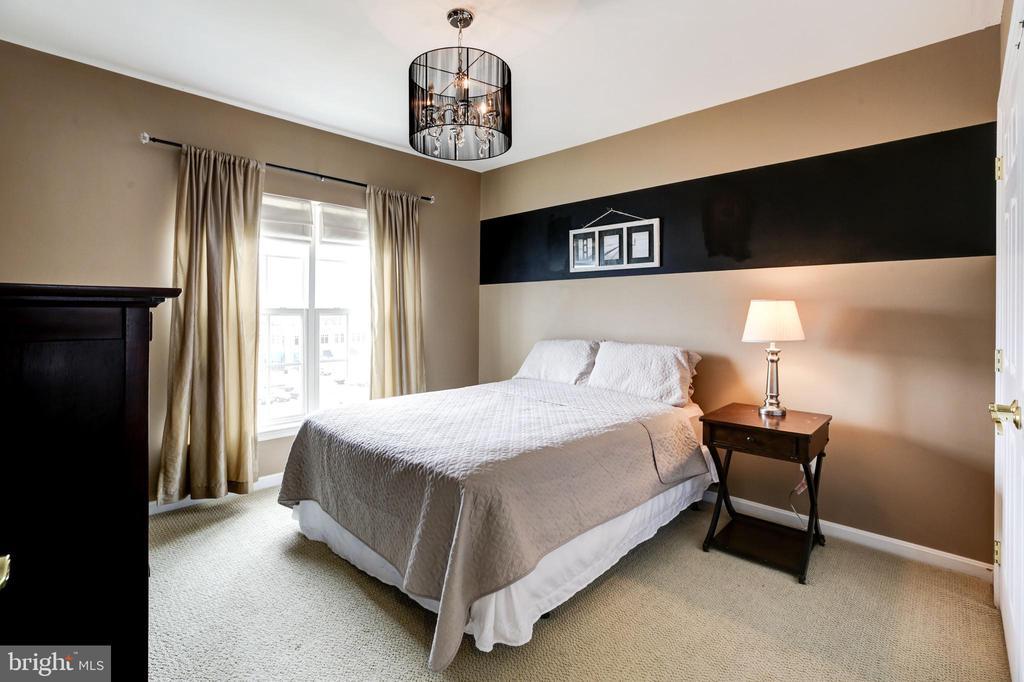 Bedroom 1 - 43545 MAHALA ST, LEESBURG
