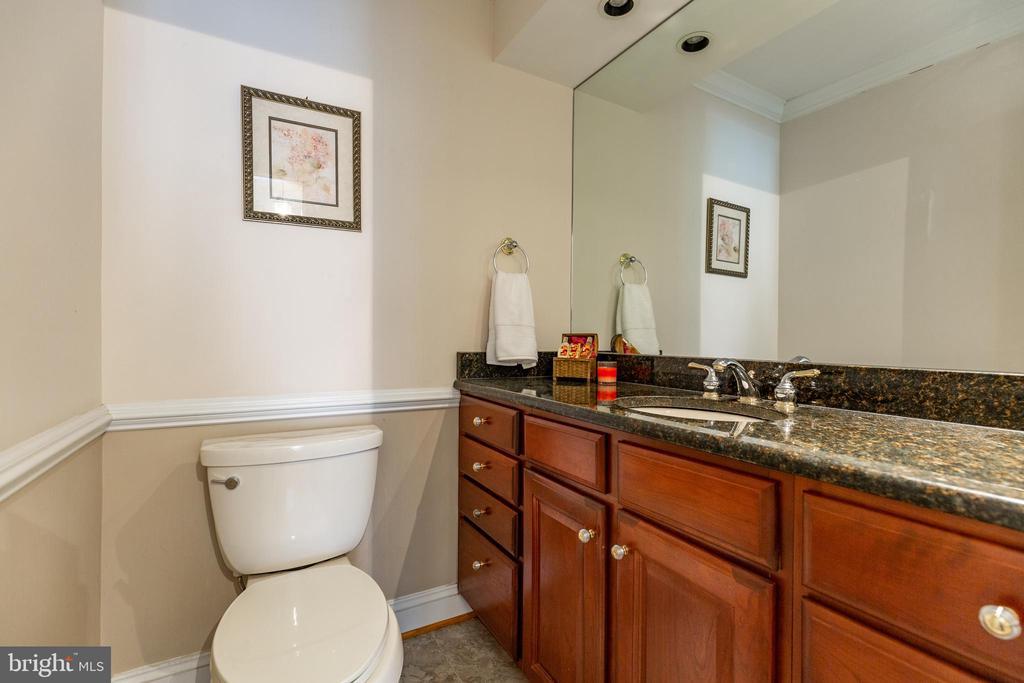 2nd Floor Hall Full Bath - 11030 WAYCROFT WAY, NORTH BETHESDA
