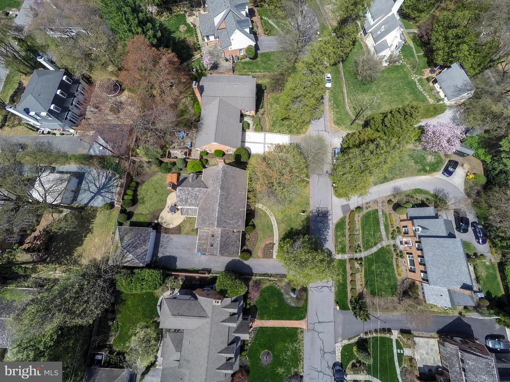 Above Drone - 11030 WAYCROFT WAY, NORTH BETHESDA