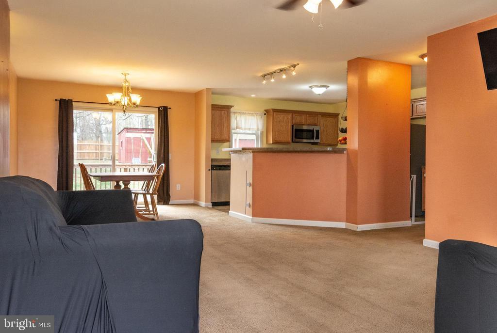 Open Floor Plan - View 2 - 7187 COVINGTONS CORNER RD, BEALETON