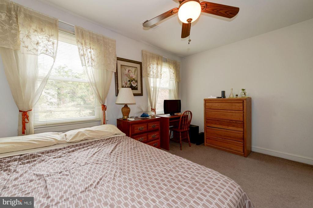 Bedroom#4 View#2 - 5608 CAVALIER WOODS LN, CLIFTON