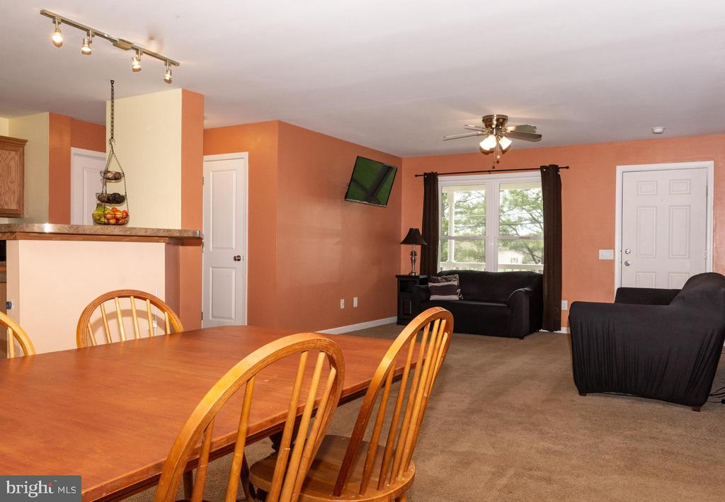 Open Floor Plan - View  from Dining area - 7187 COVINGTONS CORNER RD, BEALETON