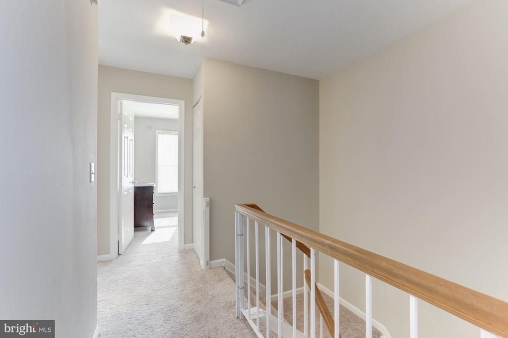 Hallway to Bedrooms - 14111 BETSY ROSS LN, CENTREVILLE