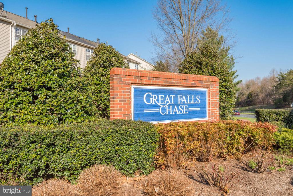 Great Falls Chase Community - 47383 DARKHOLLOW FALLS TER, STERLING