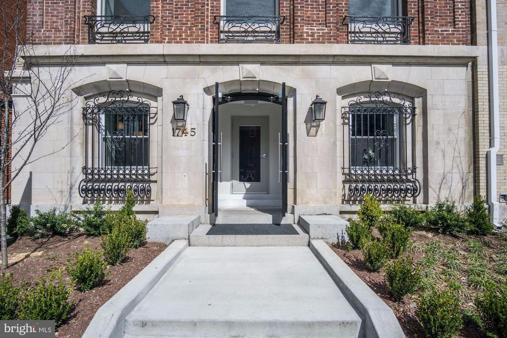 The Historic Row, restored and reimagined - 1745 N ST NW #210, WASHINGTON