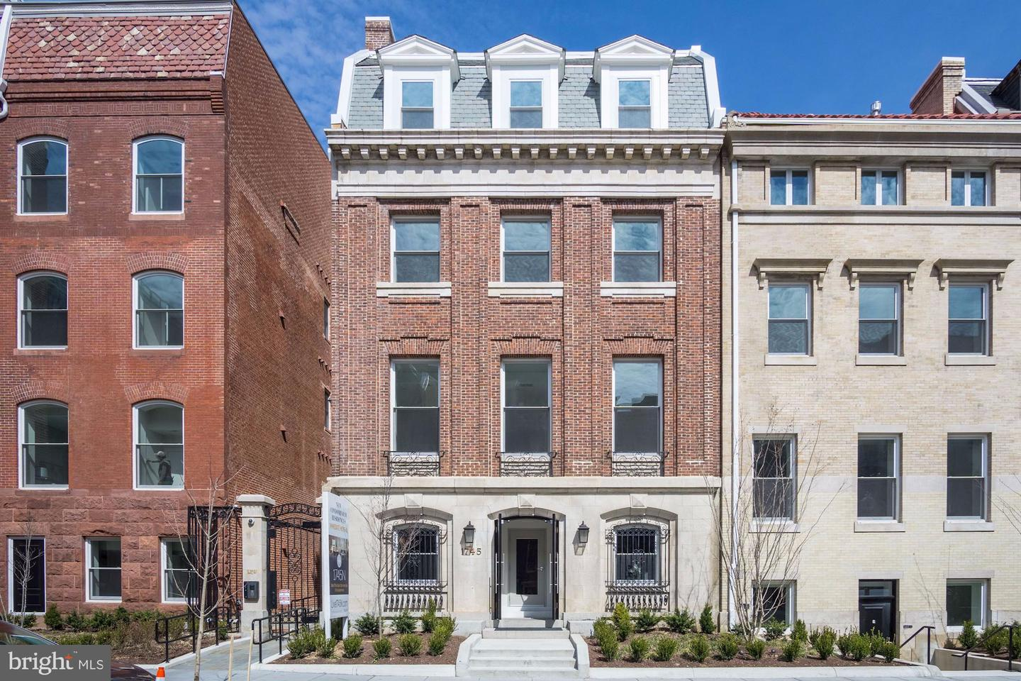 Single Family Home for Sale at 1745 N St NW #210 Washington, District Of Columbia 20036 United States