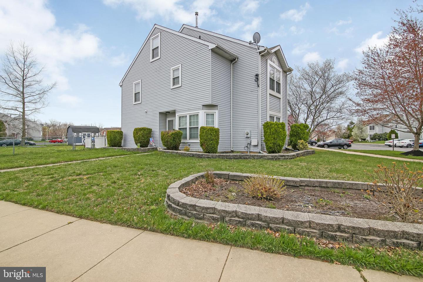 Photo of home for sale at 420 Whitman Lane, Williamstown NJ