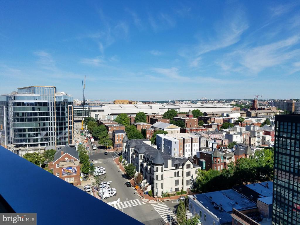 City view from the rooftop deck - 460 NEW YORK AVE NW #607, WASHINGTON