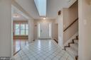 Light-Filled Entry - 3091 WOODS COVE LN, WOODBRIDGE