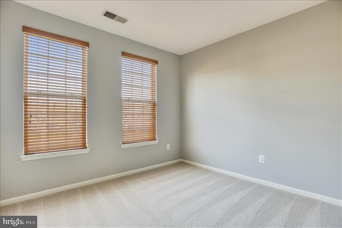 2nd Bedrm w/Fresh Paint, New Carpet, Custom Blinds - 43299 RUSH RUN TER, ASHBURN