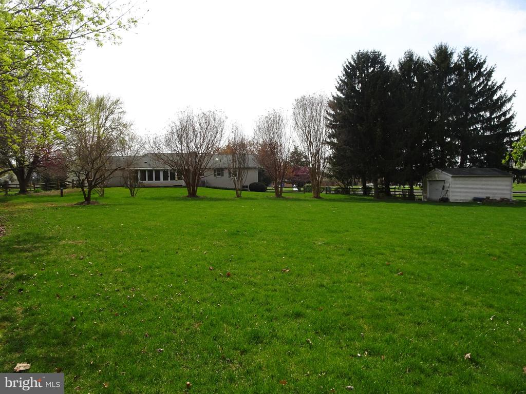 Fenced lot - 7911 OPOSSUMTOWN PIKE, FREDERICK
