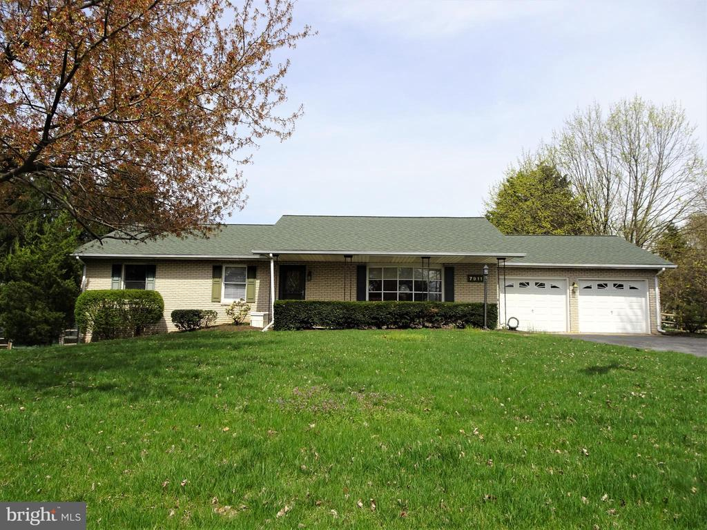 Welcome to 7911 Opossumtown Pike! - 7911 OPOSSUMTOWN PIKE, FREDERICK