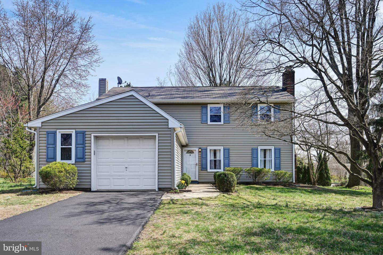 Single Family Home for Sale at 15 S LINDEN Lane Plainsboro, New Jersey 08536 United StatesMunicipality: Plainsboro Township