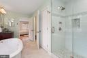 Luxury Master Bath - 13108 LAUREL GLEN RD, CLIFTON