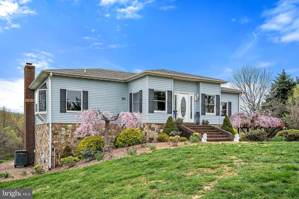 4527  ACHILLES LANE, Marshall, Virginia