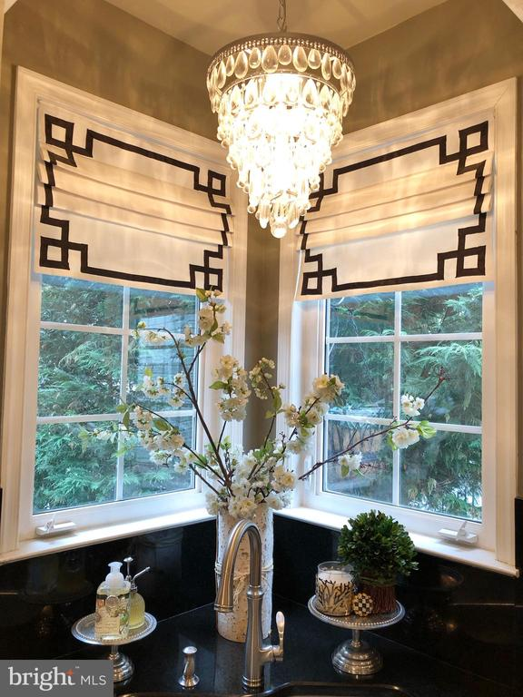 Custom window treatments and lights - 21528 INMAN PARK PL, ASHBURN