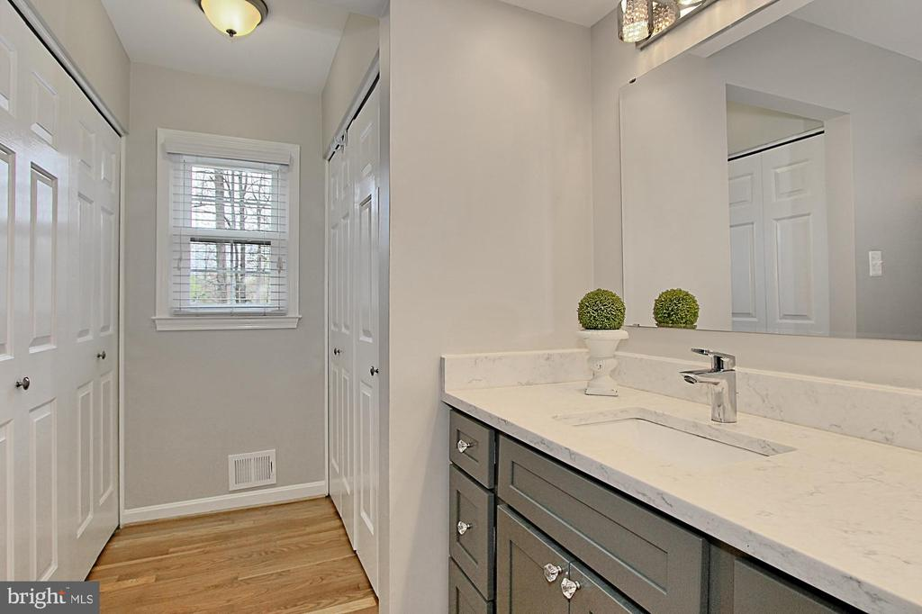 Master Bath and Double Closets - 6714 NORVIEW CT, SPRINGFIELD