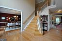 Spacious foyer with wood staircase - 26 PINKERTON CT, STAFFORD