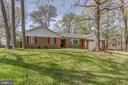 Forest feel, awesome acreage, cul-de-sac living. - 7007 PARTRIDGE PL, HYATTSVILLE