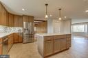 Stainless appliances, beautiful cabinets, floors. - 7007 PARTRIDGE PL, HYATTSVILLE